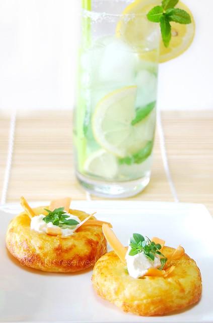 ciambelle di patate e formaggio