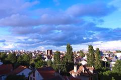 Lumière à Colombe 2 (Jean-Claude Randazzo) Tags: 1835f18 ciel colombes couleurs foveon sigma