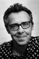 Menno (Pim Geerts) Tags: portret portrait menno zwartwit black white monochrome man male carl zeiss planar 1485 ze canon eos 5dm3 elinchrom ranger quadra rx rotalux deep octa 100cm outdoor mixed light
