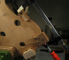 viotti-testclamp (Geoff Richings) Tags: violin making bergonzi viotti