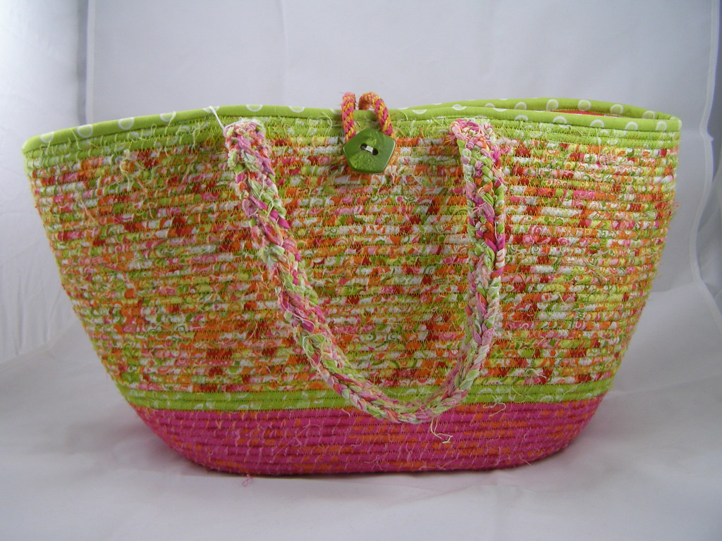 extra large coiled spring tote