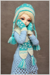 Emma (Maram Banu) Tags: blue white beautiful hat doll dress handmade bjd bella fairyland mitten miyu msd minifee fairystyle marambanu