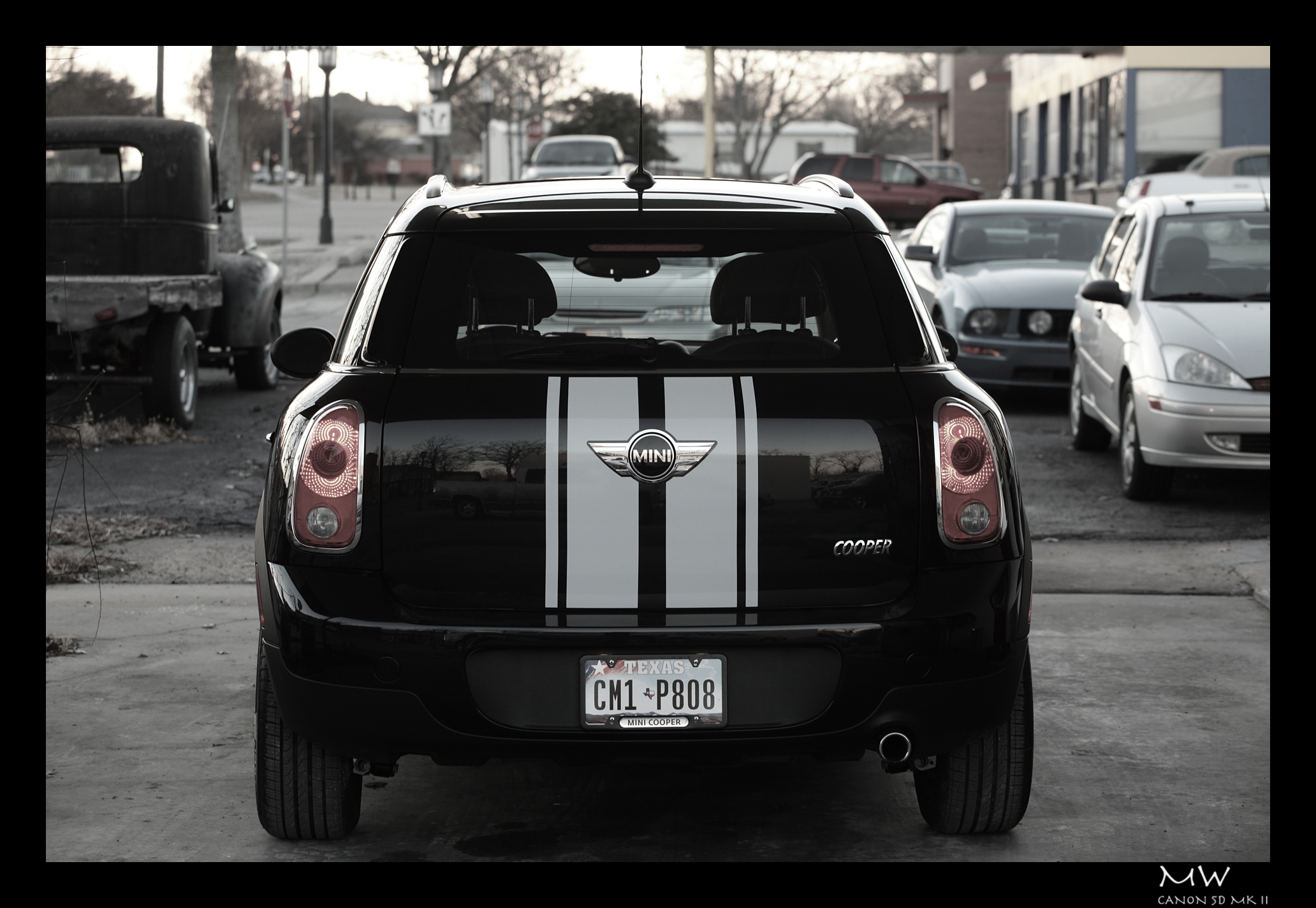 Mini Cooper Dallas >> Added White Sport Stripes To Our All Black Countryman (Pics Inside) - North American Motoring