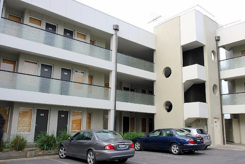 Waves Apartments, Philip Islands Australia (3)