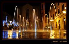 Surtidors de nit    (Explore Feb 20, 2011) (Perikolo) Tags: barcelona nocturna nit plaça sabadell vallés santroc surtidors