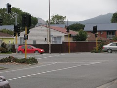 Most traffic lights out...this is cnr Brougham & Collins Sts (SandyEm) Tags: earthquake broughamstreet earthquakedamage christchurchearthquake eqnz