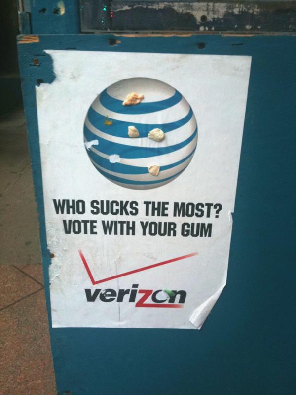 great real time data/poster: who sucks more-vote w. gum, ATT vs Verizon