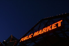 Public Market (jbilohaku) Tags: canada night vancouver noche neon bc market britishcolumbia mercado yvr maket canad publicmarket merkato nen nokte nokto vankuvero britakolumbio kanado columbiabritnica neono