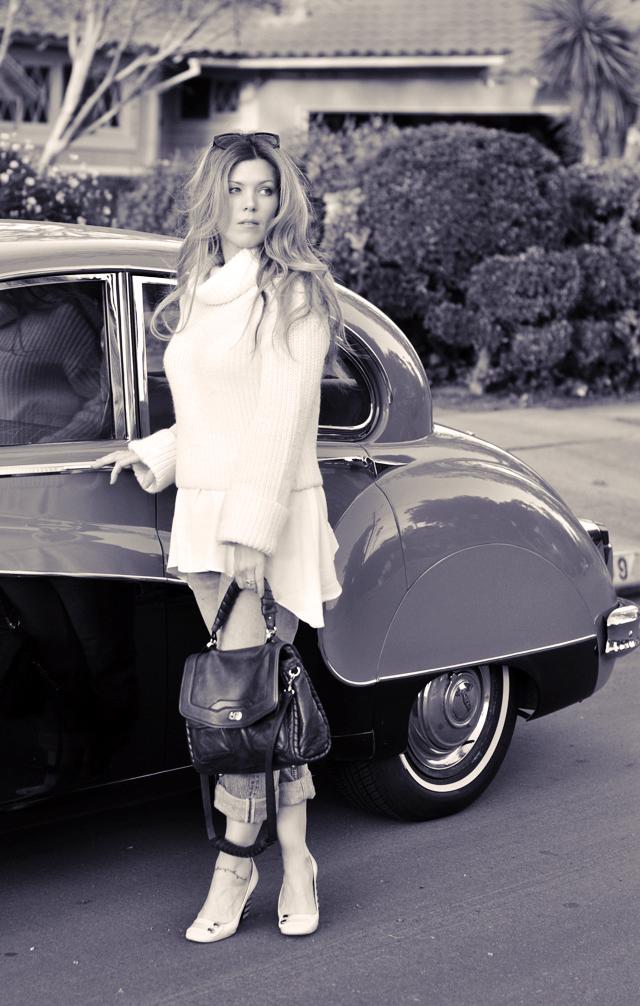 black and white photo, photography, vintage cars, 50's jaguar, vintage levis, marc jacobs shoes, cynthia rowley bag, 1950's jag, DSC_0077