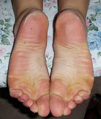 P8040746 (Dragonotna2) Tags: feet soles dirtyfeet sexyfeet femalefeet dirtysoles sexysoles femalesoles