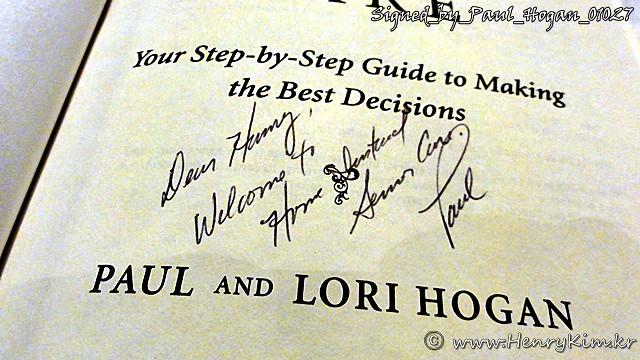 Signed_by_Paul_Hogan_01027