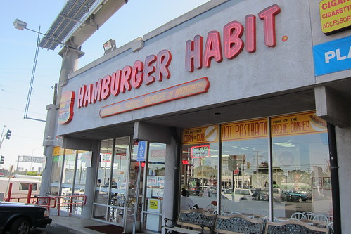 Hamburger Habit: Exterior