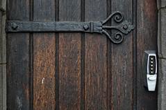 living in the past (bachmont) Tags: door hinge wood ireland dublin church puerta bisagra madera christ cathedral lock catedral cristo irlanda cerradura