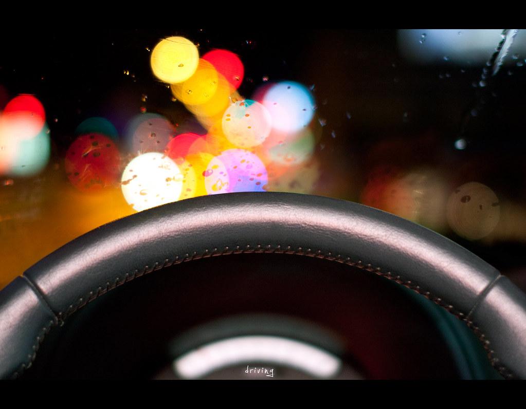 project 365, Day 219, 219/365, bokeh, Sigma 50mm F1.4 EX DG HSM, 50 mm, 50mm, stearing wheel, car, window, windshield, driving,  bokeh bubbles, bokeh balls, rain, water, rain drops,