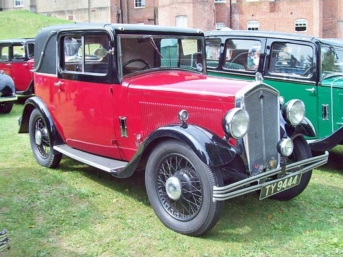 11 Wolseley Hornet Coupe (1932)