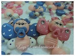 Chaveiro Borboletas (ligi_lembrancinhas) Tags: biscuit borboleta porta beb urso nascimento chaveiro chdebeb recado lembrancinhas caixinhadeacrlico