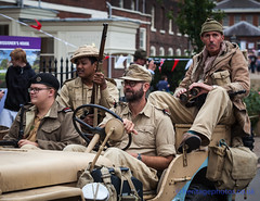 IMG_6556_Salute To The 40's 2016 (GRAHAM CHRIMES) Tags: salutetothe40s 2016 salute2016 chatham chathamhistoricdockyard vintage vehicle vintageshow heritage historic livinghistory reenactment reenactors dockyard 40s 40sdress 40sstyle 40svintage celebration actors british britishheritage wwwheritagephotoscouk commemorate