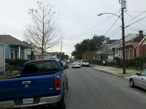 NOPD scene on Baronne St.