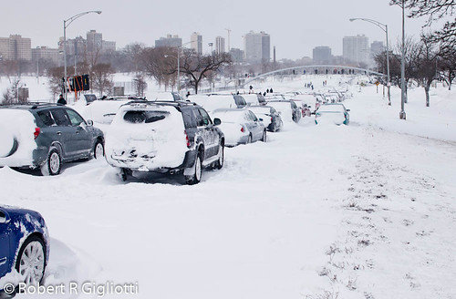 Chicago Storm Feb 2nd, 2011- Lake shore Drive abandon cars