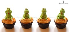 Charming Frogs (Little Cottage Cupcakes) Tags: birthday cupcakes turtle reptile snake frog lizard toad crocodile chameleon fondant cupcaketower sugarpaste littlecottagecupcakes