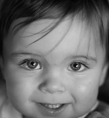 Olympus E-PL1 + Zuiko OM 50mm 1.8 (Nik Brunner) Tags: portrait blackandwhite baby white black pen gesicht olympus augen om 18 50 schwarzweiss weiss zuiko schwarz haare kleinkind schwarzweis freistellen epl1