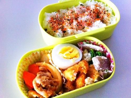 今日のお弁当 No. 104 –  鮭わかめ