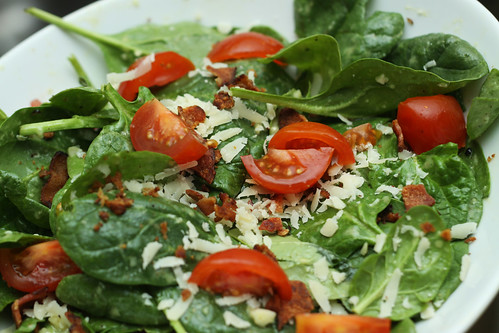 Spinach Garlic Vinaigrette Salad