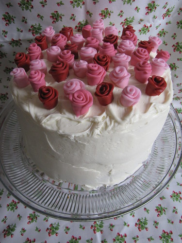 Roses and Heart cake 20111