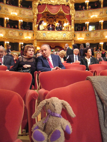 Buttons at the Opera