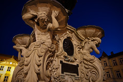 Paulibrunnen (schmaeche) Tags: fountain germany de bayern bavaria brunnen franconia franken marktplatz erlangen markgraf christianernst margrave schlosplatz friedrichwanderer paulibrunnen christophlenz georgleistner georgsuter