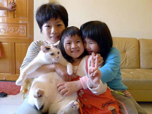 阿珠家的貓-阿珠、荳荳與予蔚