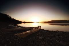 The day ends.. (lordoye) Tags: sunset yellow scotland kayak loch lochlomond 1020mmsigma millarochybay eos7d