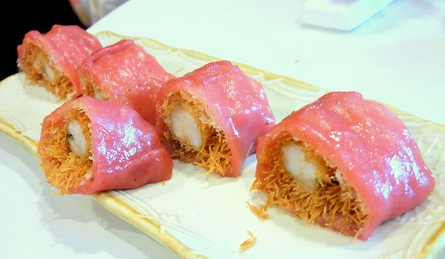 Red Yeast Rice Roll with Prawns
