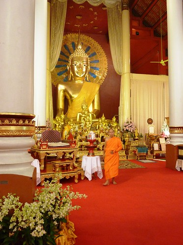 Chiang Mai 11-Wat Phra Singh (14)