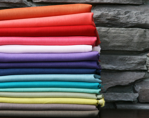a (nearly) rainbow of scrumptious cotton-linens