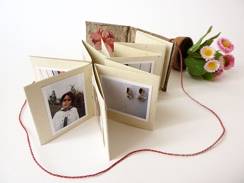"Mini photo album with accordion ""Wild flowers and silk"" by MOV"