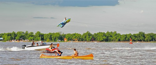 UFO, River Paraná, Argentina