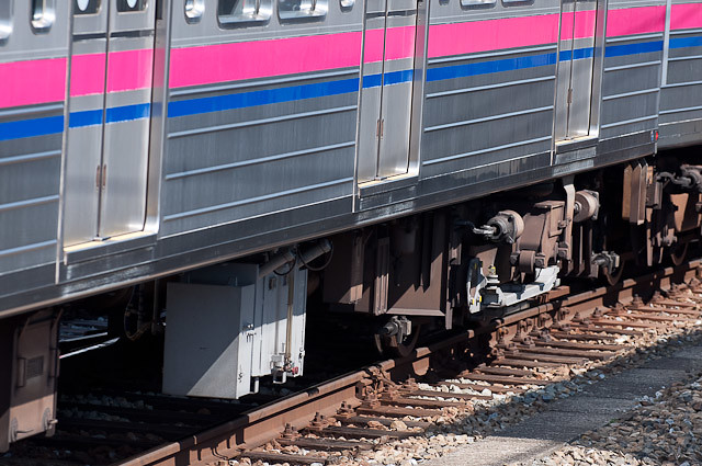 京王電鉄7000系 7201F 塗油器