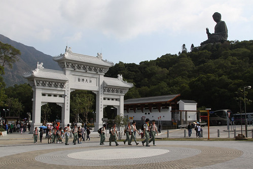 Scouts on an excursion to the Tian Tan Buddha