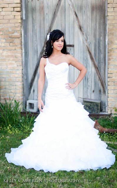 11033101liana bridal sm