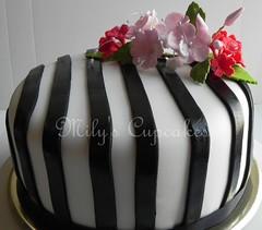 Cake para Graciela basados en su tarjeta de invitacion (Mily'sCupcakes) Tags: wedding flores argentina cake cupcakes buenos aires years 50 milys
