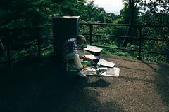Painter on the walk around Kiyomizu-dera temple (Eddy+) Tags: canon 7d 1022mm usm portrait wideangle kyoto kiyomizudera temple artist trees moody shaddows
