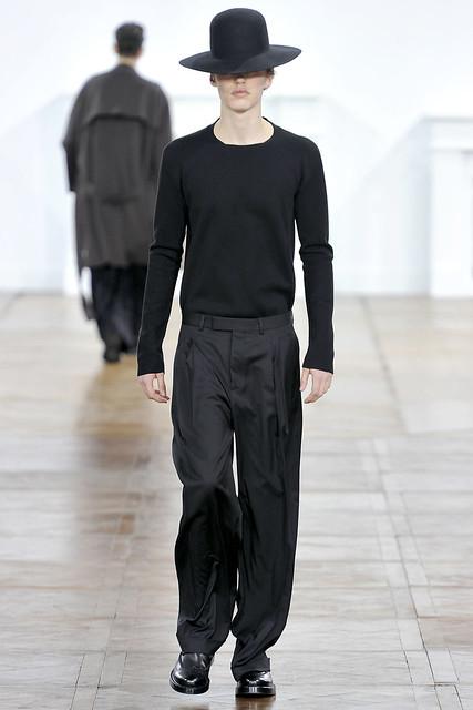 FW11_Paris_Dior Homme021(VOGUEcom)