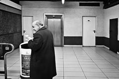 tough times [My Milan] (Luca Napoli [lucanapoli.altervista.org]) Tags: street blackandwhite milan candid milano nonluoghi nonplace nonlieux grattaevinci tempiduri panasoniclumixlx3 lucanapoli lx3street streetlx3 ritrattodellitalia
