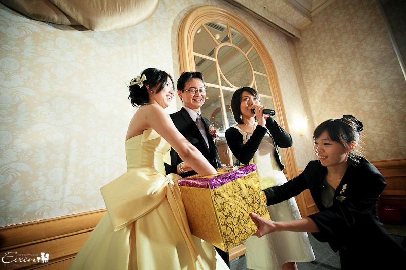 [婚禮紀錄]欽榮與淳瑜 婚禮宴客_072