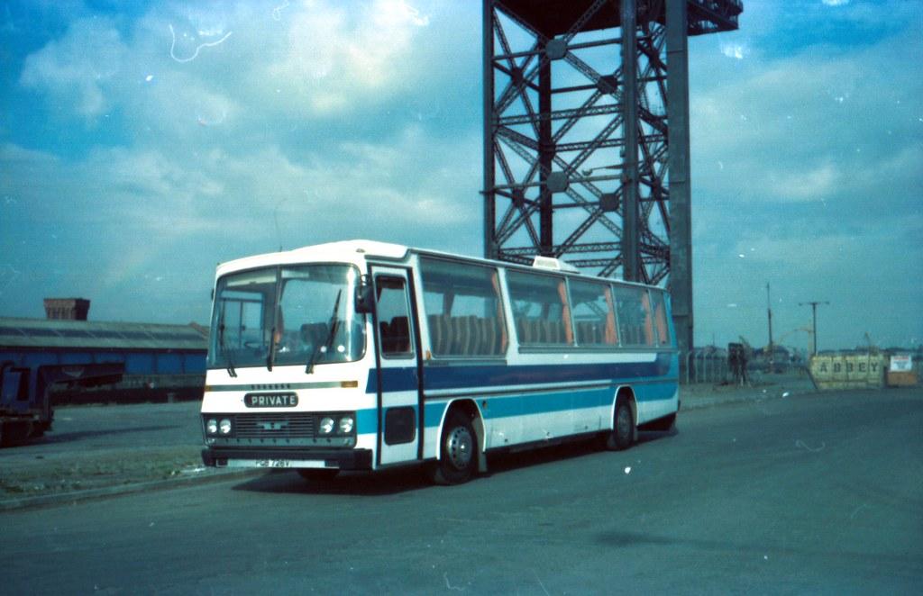 PGB 726V Bedford YMT Unicar C53F