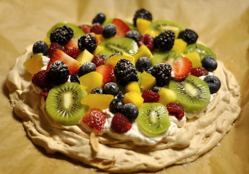 Pavlova with Fruit