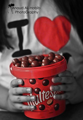 ( Anoud Abdullah AlHabib) Tags: red white canon eos all chocolate right reserved maltesers 500d blach