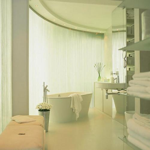 2 white bathroom 20
