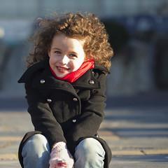 Emma (7ns) Tags: portrait canon eos child emma cap 7d enfant dagde 2011